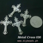 Metal Cross 030